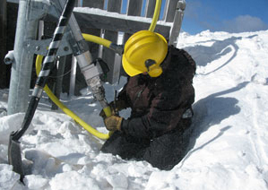 image showing snowmaker connecting hose